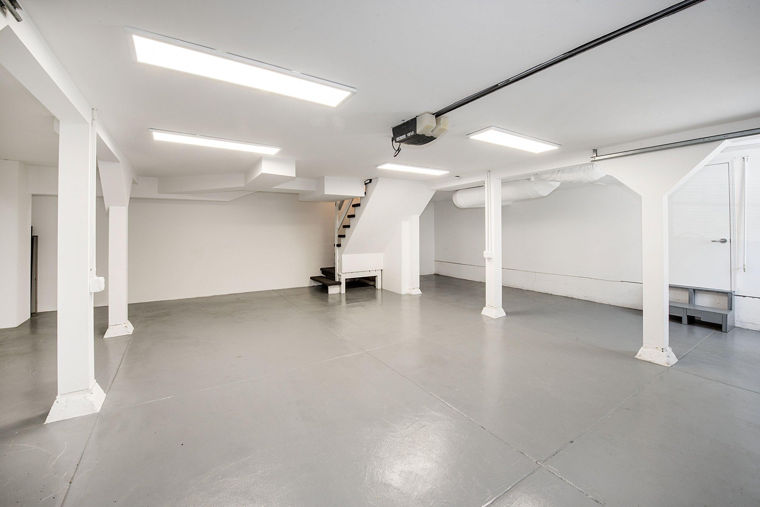 Garage_DSC_3977.jpg