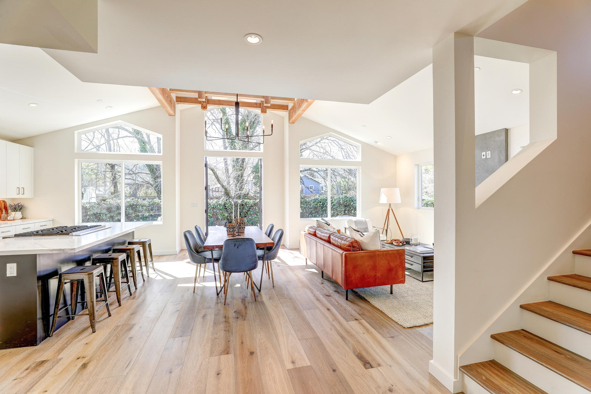 38 Ryan Avenue, Mill Valley - Sycamore Park Homes for sale - 06- Listed by Team Own Marin with Compass Real Estate.jpg