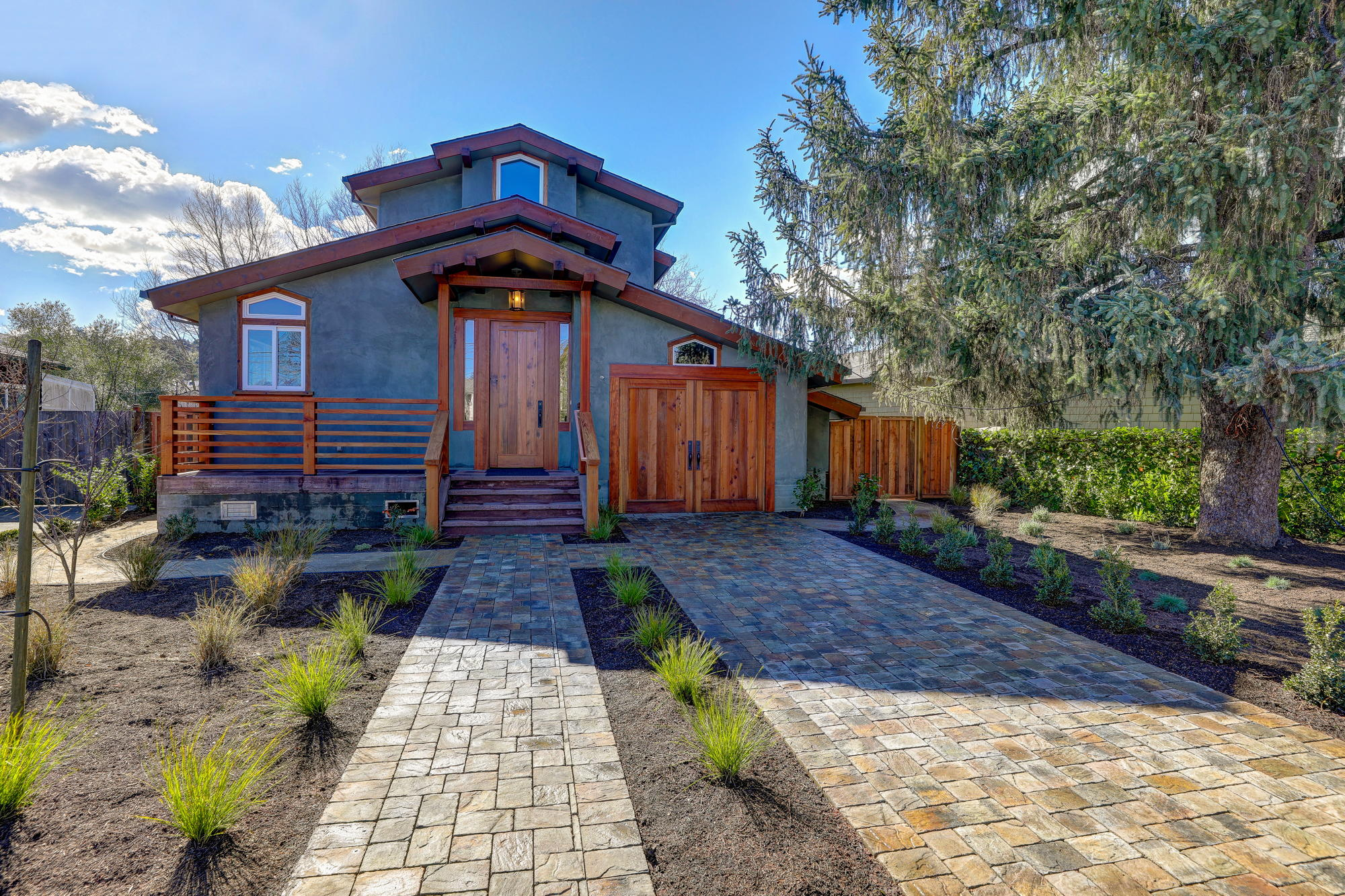 38 Ryan Avenue, Mill Valley - Sycamore Park Homes for sale - 03- Listed by Team Own Marin with Compass Real Estate.jpg