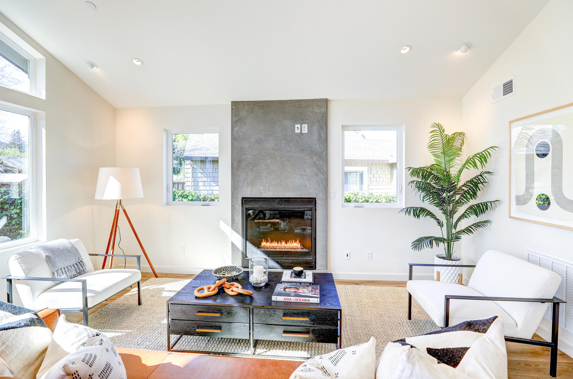 38 Ryan Avenue, Mill Valley - Sycamore Park Homes for sale - 14- Listed by Team Own Marin with Compass Real Estate.jpg