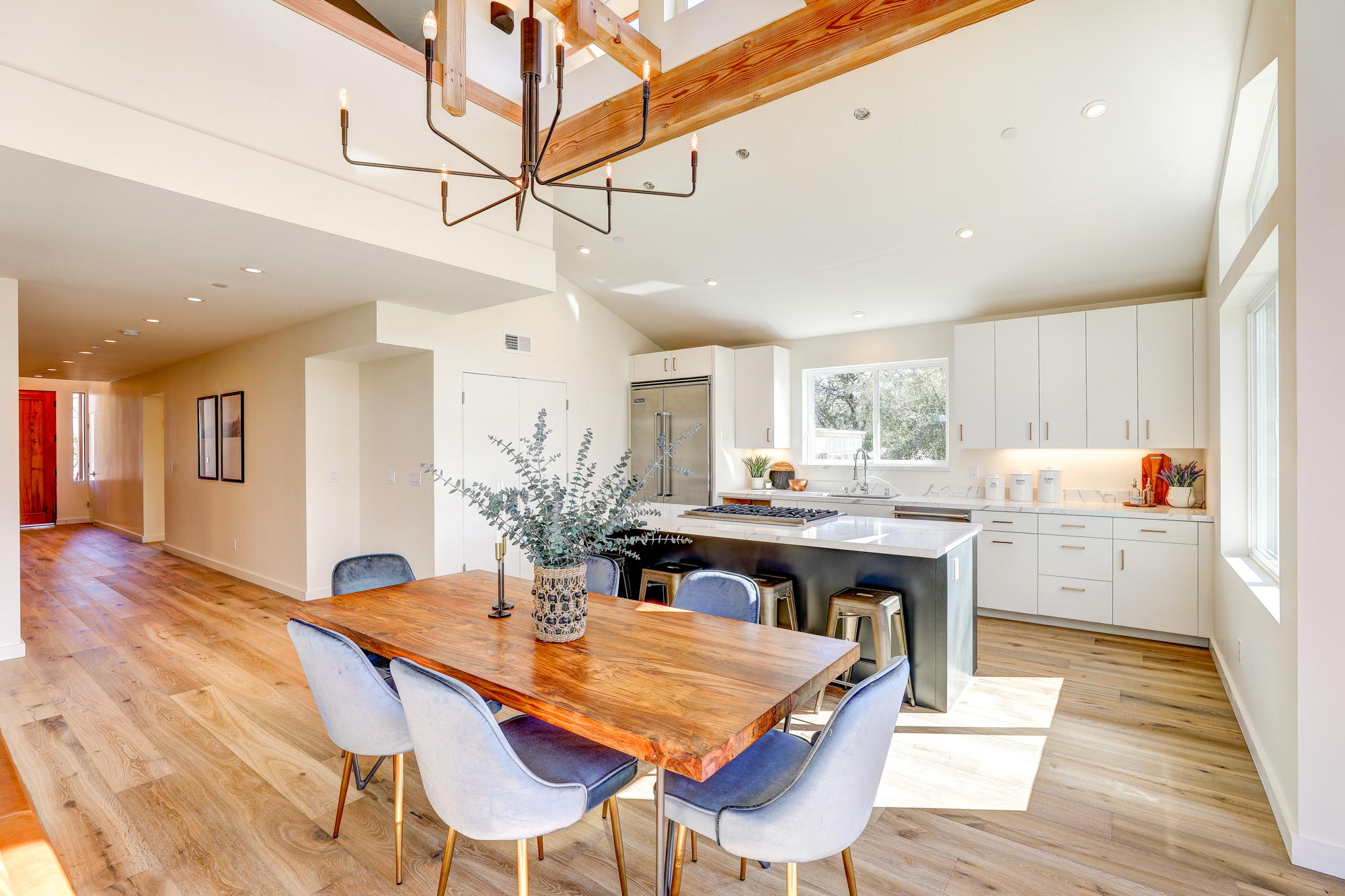 38 Ryan Avenue, Mill Valley - Sycamore Park Homes for sale - 19- Listed by Team Own Marin with Compass Real Estate.jpg