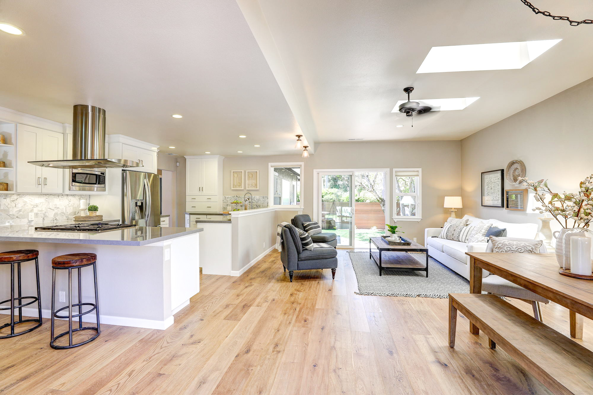 2Yolo 26- Listed by Julia Fitzpatrick - Own Marin with Compass Real Estate.jpg