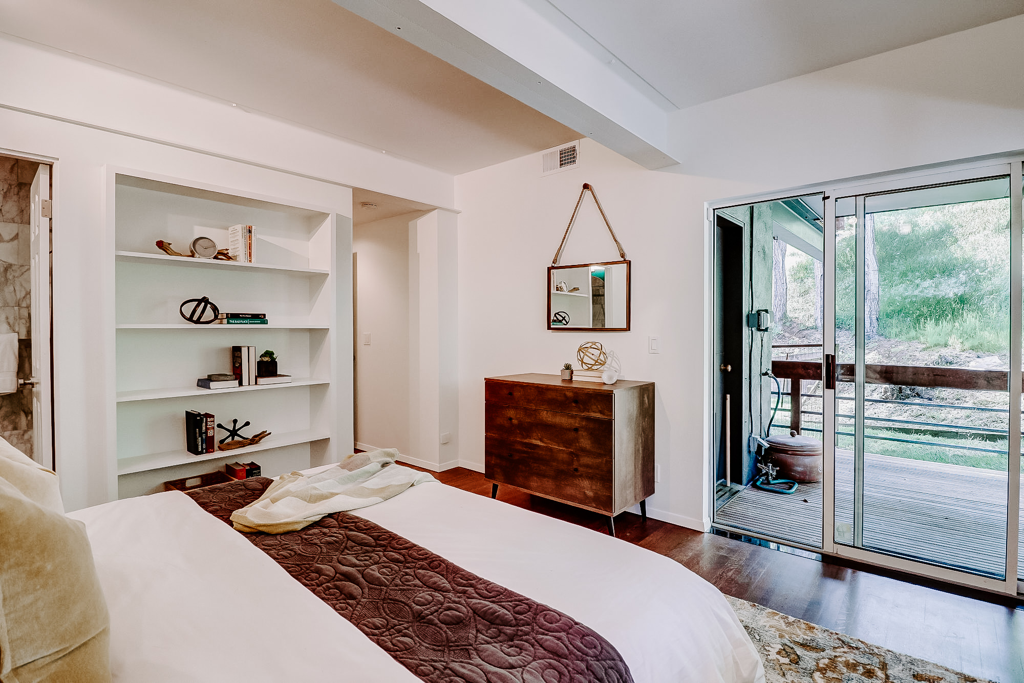 20 Fern Way, Mill Valley's Top Realtor - 15- Listed by Allie Fornesi - Own Marin with Compass Real Estate.jpg
