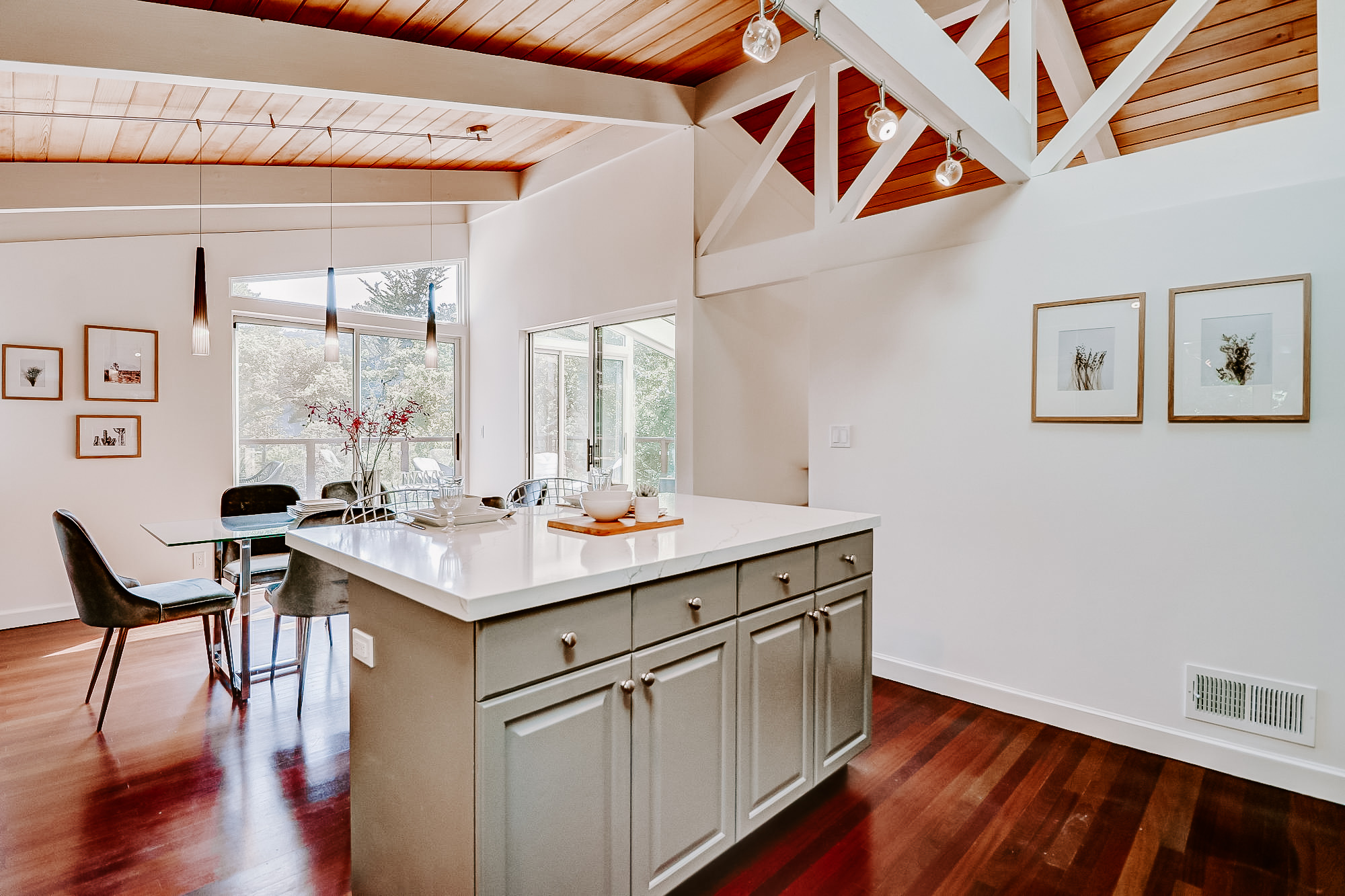 20 Fern Way, Mill Valley's Top Realtor - 42- Listed by Allie Fornesi - Own Marin with Compass Real Estate.jpg