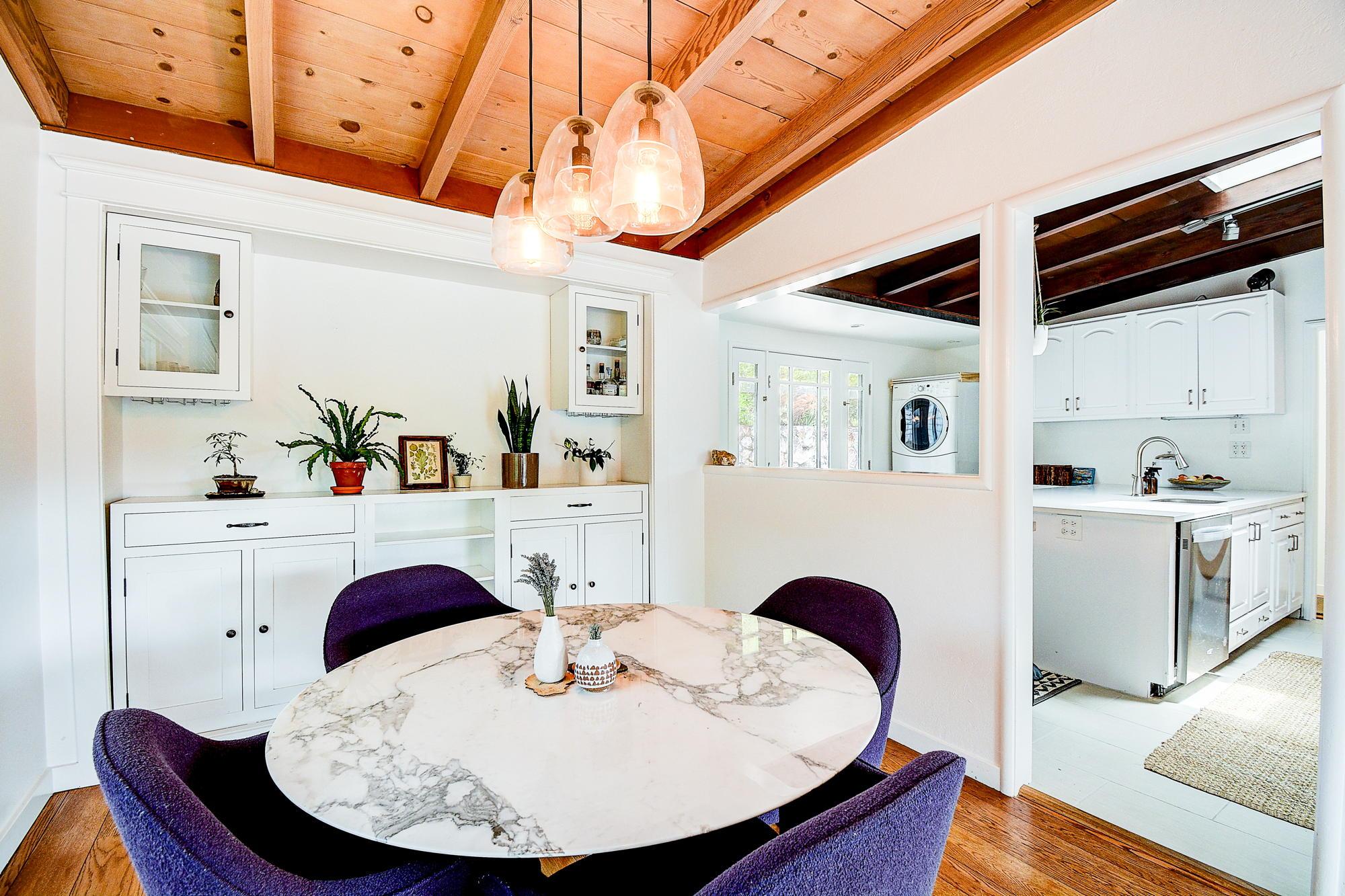 15 Gloria Drive, San Rafael Real Estate-4-2- Julia Fitzpatrick & Allie Fornesi Team Own Marin at Compass.jpg