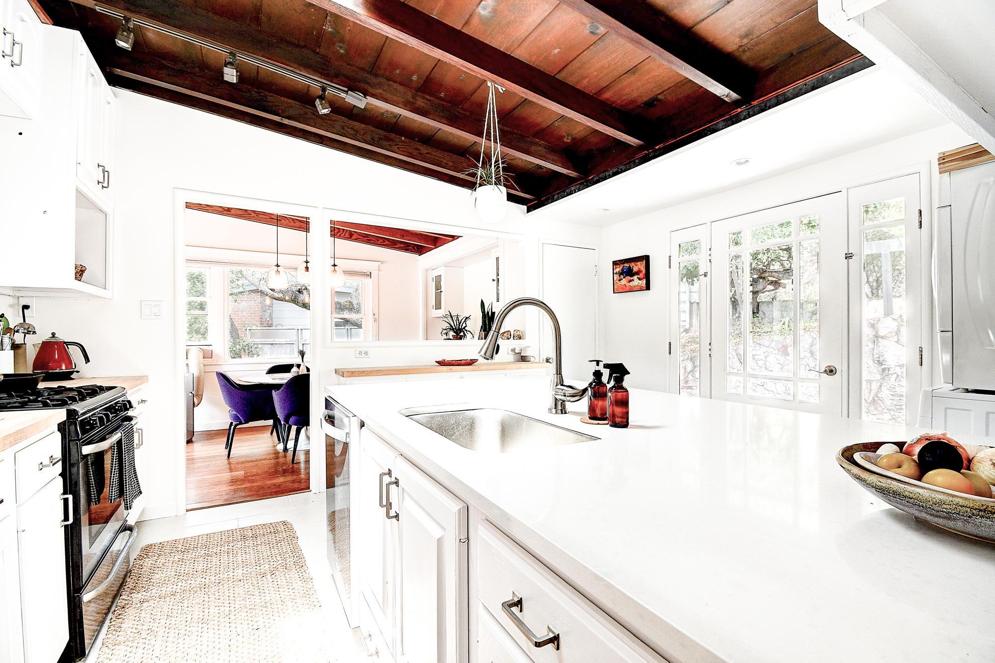 15 Gloria Drive, San Rafael Real Estate-16-2- Julia Fitzpatrick & Allie Fornesi Team Own Marin at Compass.jpg