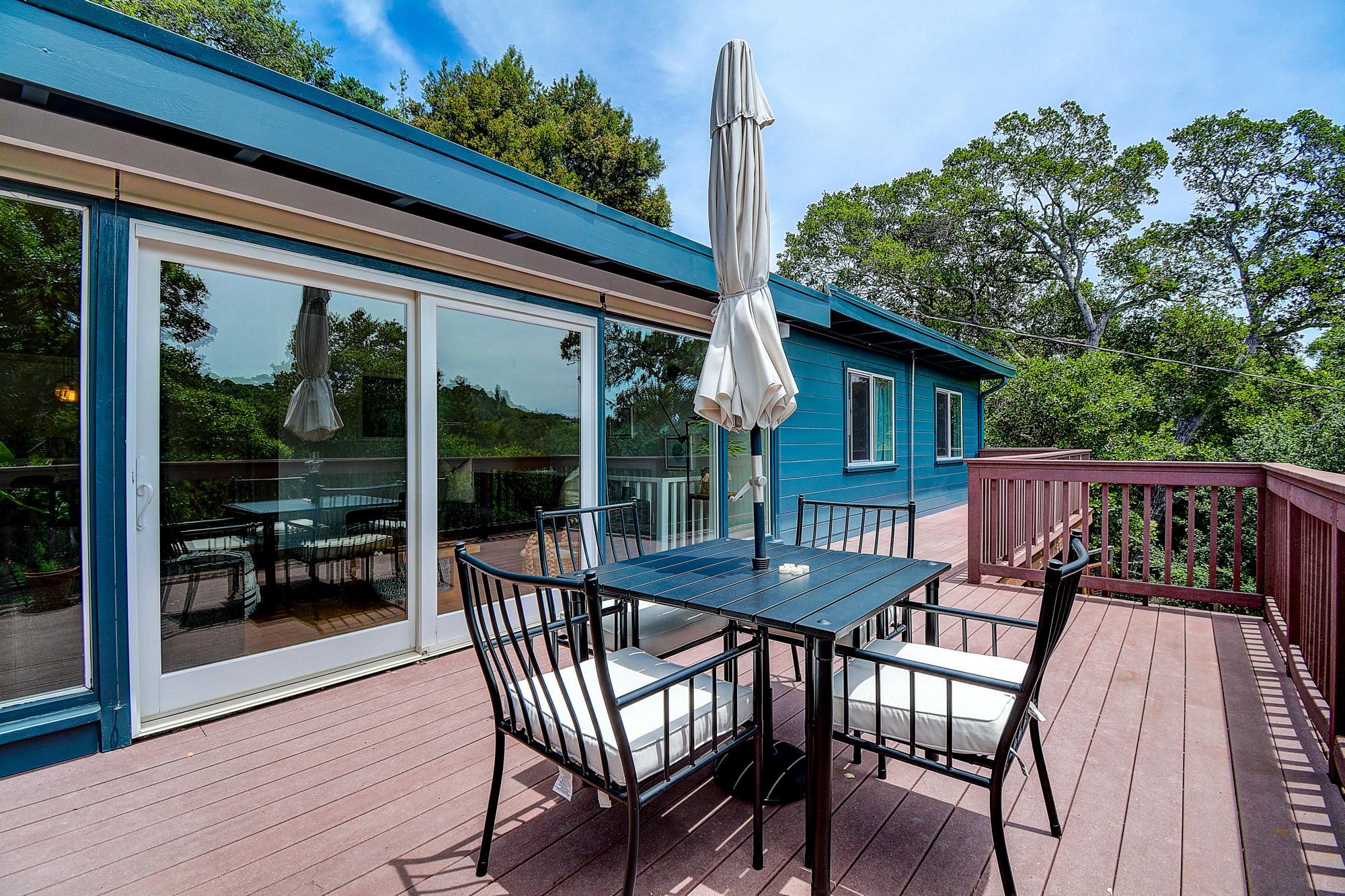 15 Gloria Drive, San Rafael Real Estate-9-2- Julia Fitzpatrick & Allie Fornesi Team Own Marin at Compass.jpg