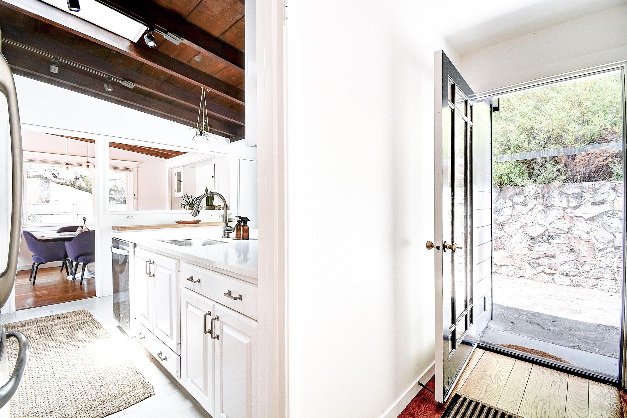 15 Gloria Drive, San Rafael Real Estate-15-2- Julia Fitzpatrick & Allie Fornesi Team Own Marin at Compass.jpg