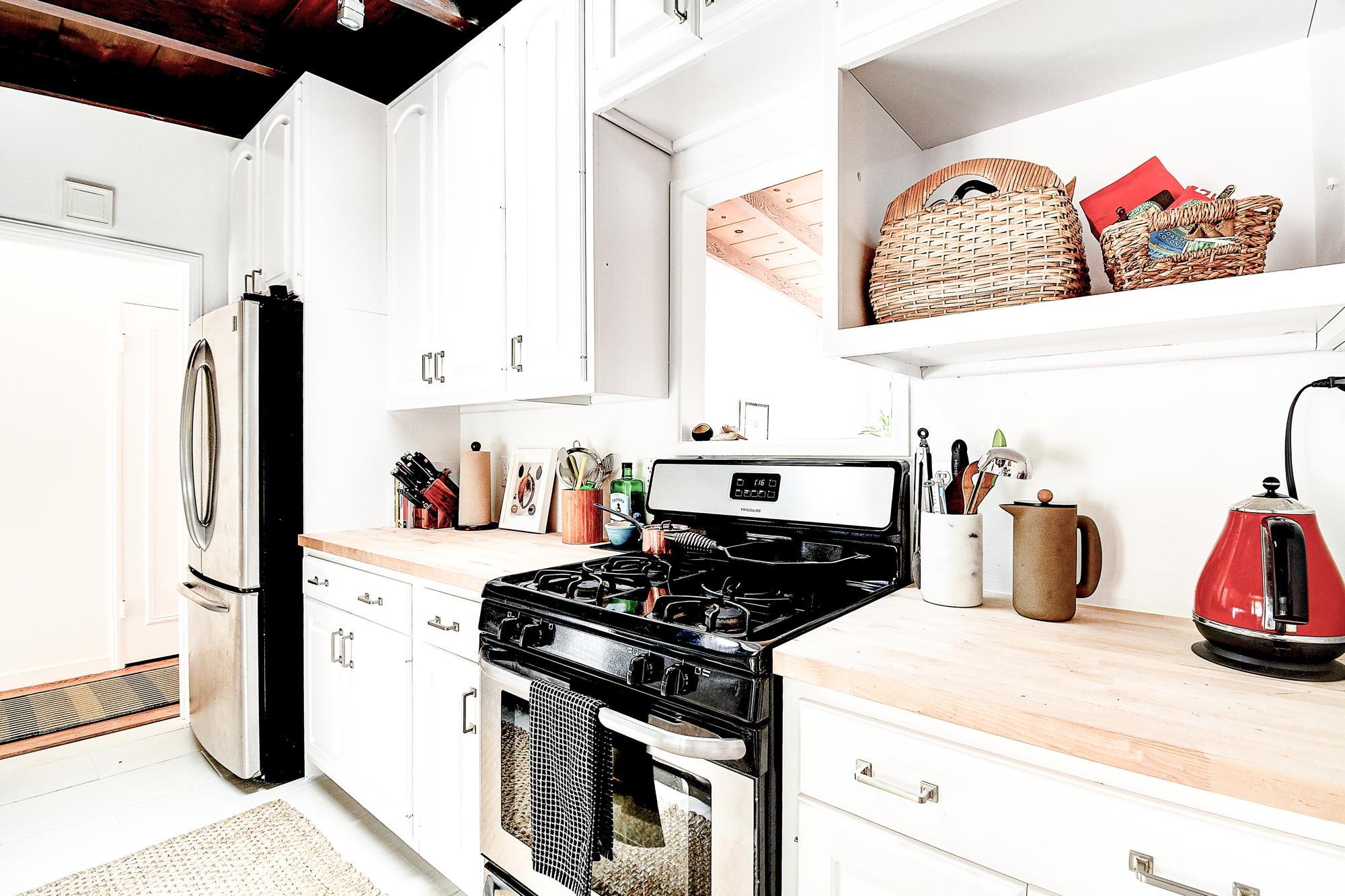 15 Gloria Drive, San Rafael Real Estate-20-2- Julia Fitzpatrick & Allie Fornesi Team Own Marin at Compass.jpg