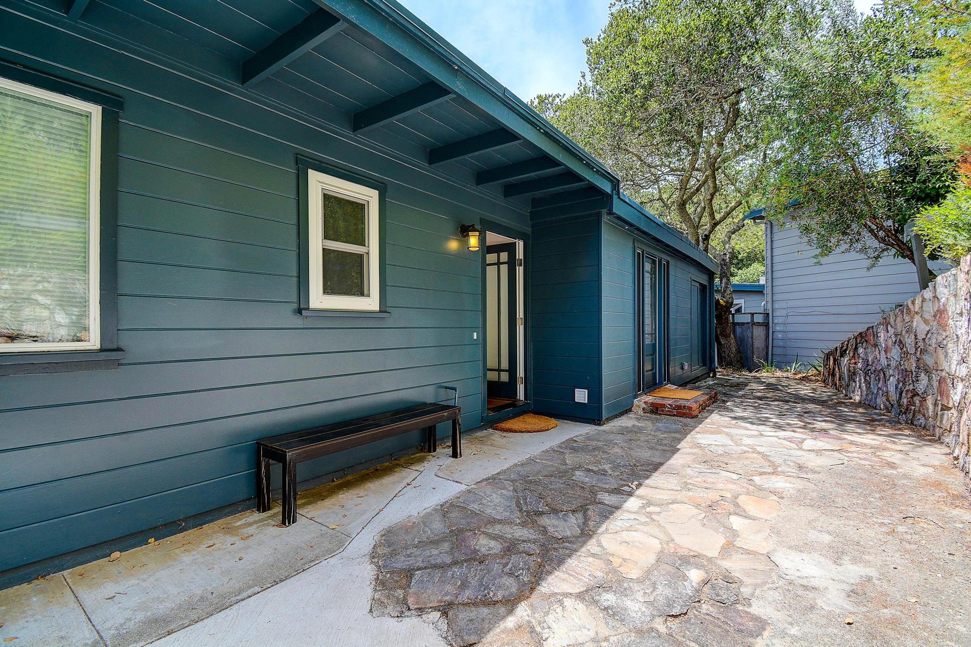 15 Gloria Drive, San Rafael Real Estate-49-2- Julia Fitzpatrick & Allie Fornesi Team Own Marin at Compass.jpg