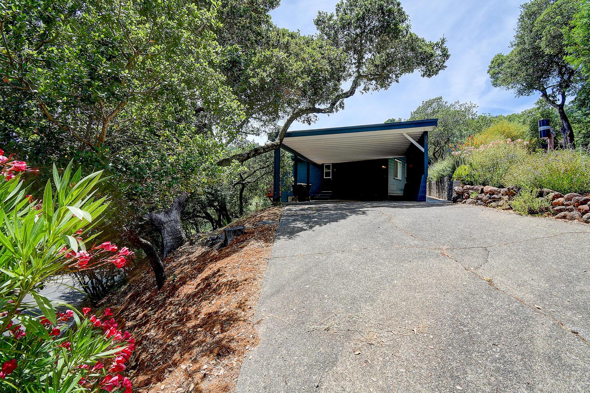 15 Gloria Drive, San Rafael Real Estate-54-2- Julia Fitzpatrick & Allie Fornesi Team Own Marin at Compass.jpg