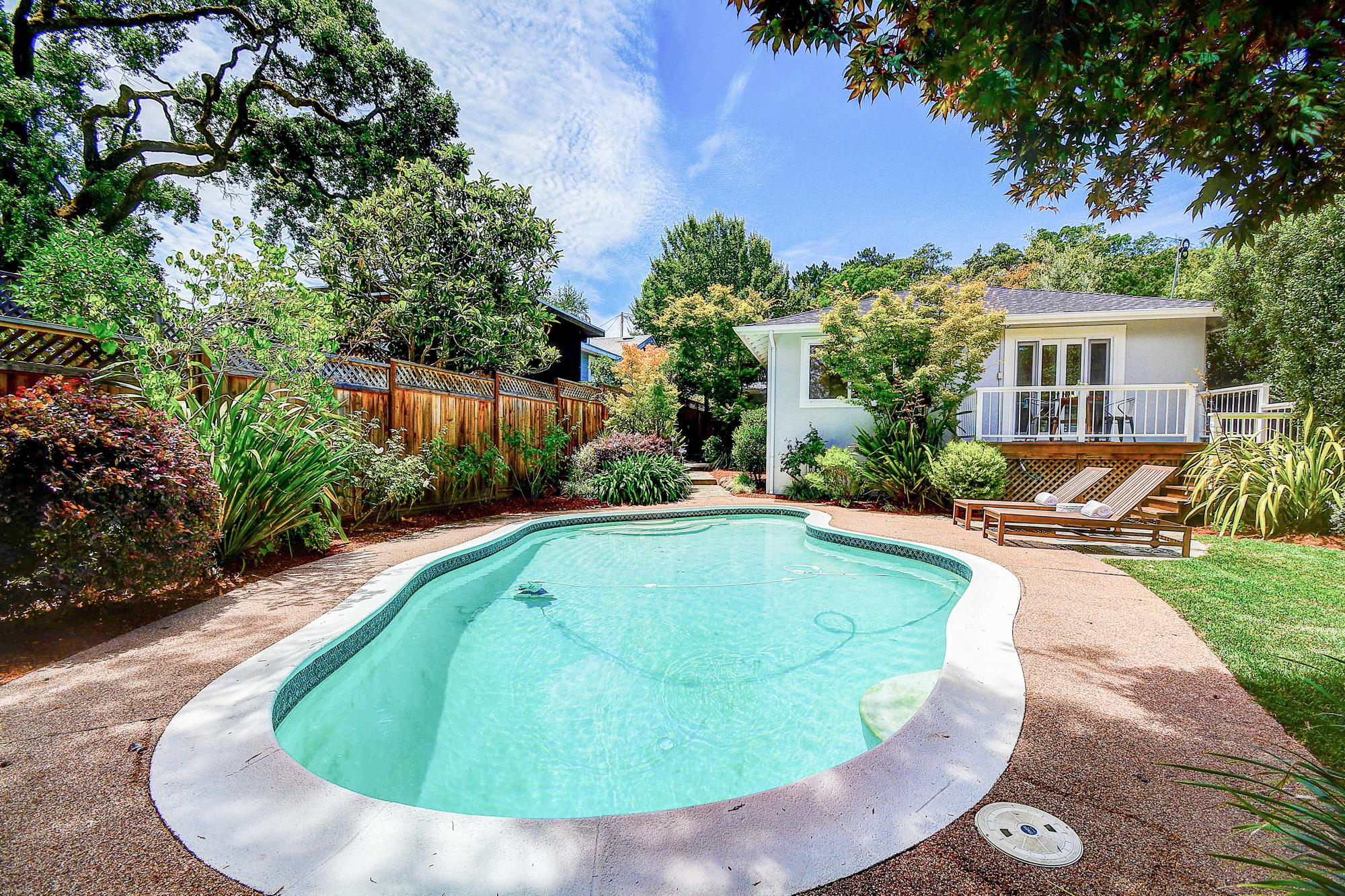 10 Broadway Kentfield's Top Realtor -4- Listed by Barr Haney | Team Own Marin with Compass Real Estate.jpg
