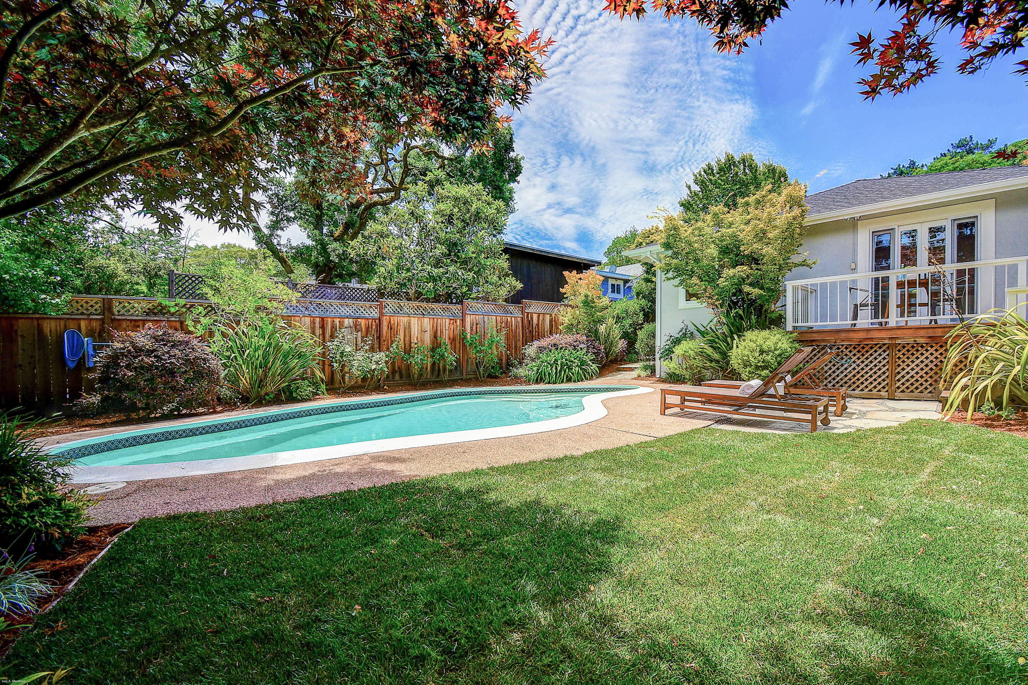 10 Broadway Kentfield's Top Realtor -3- Listed by Barr Haney | Team Own Marin with Compass Real Estate.jpg