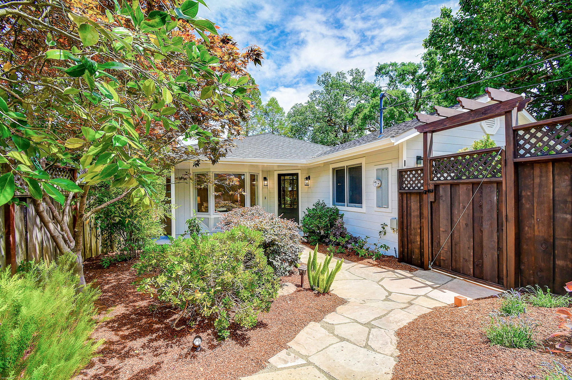 10 Broadway Kentfield's Top Realtor -15- Listed by Barr Haney | Team Own Marin with Compass Real Estate.jpg