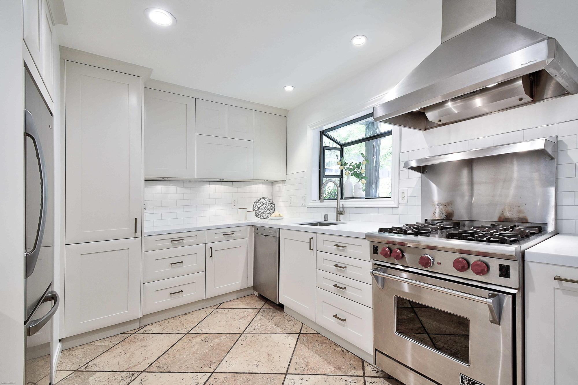 10 Broadway Kentfield's Top Realtor -43- Listed by Barr Haney | Team Own Marin with Compass Real Estate.jpg