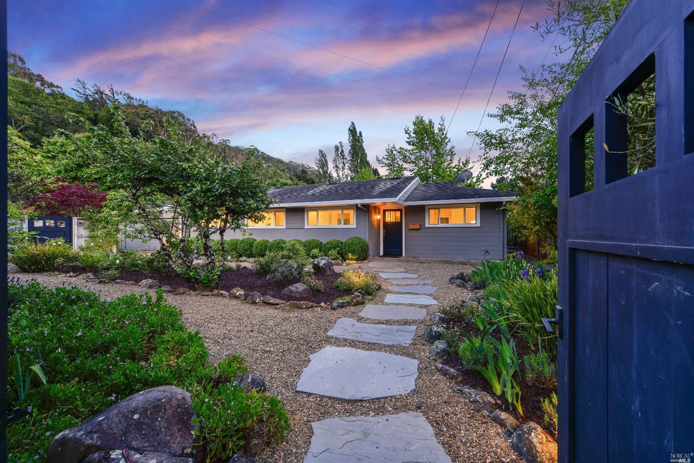 211 Marin Avenue, Mill Valley, CA 94941   2 Beds | 2 Baths | 1,395 sqft   Sale price: $1,417,500