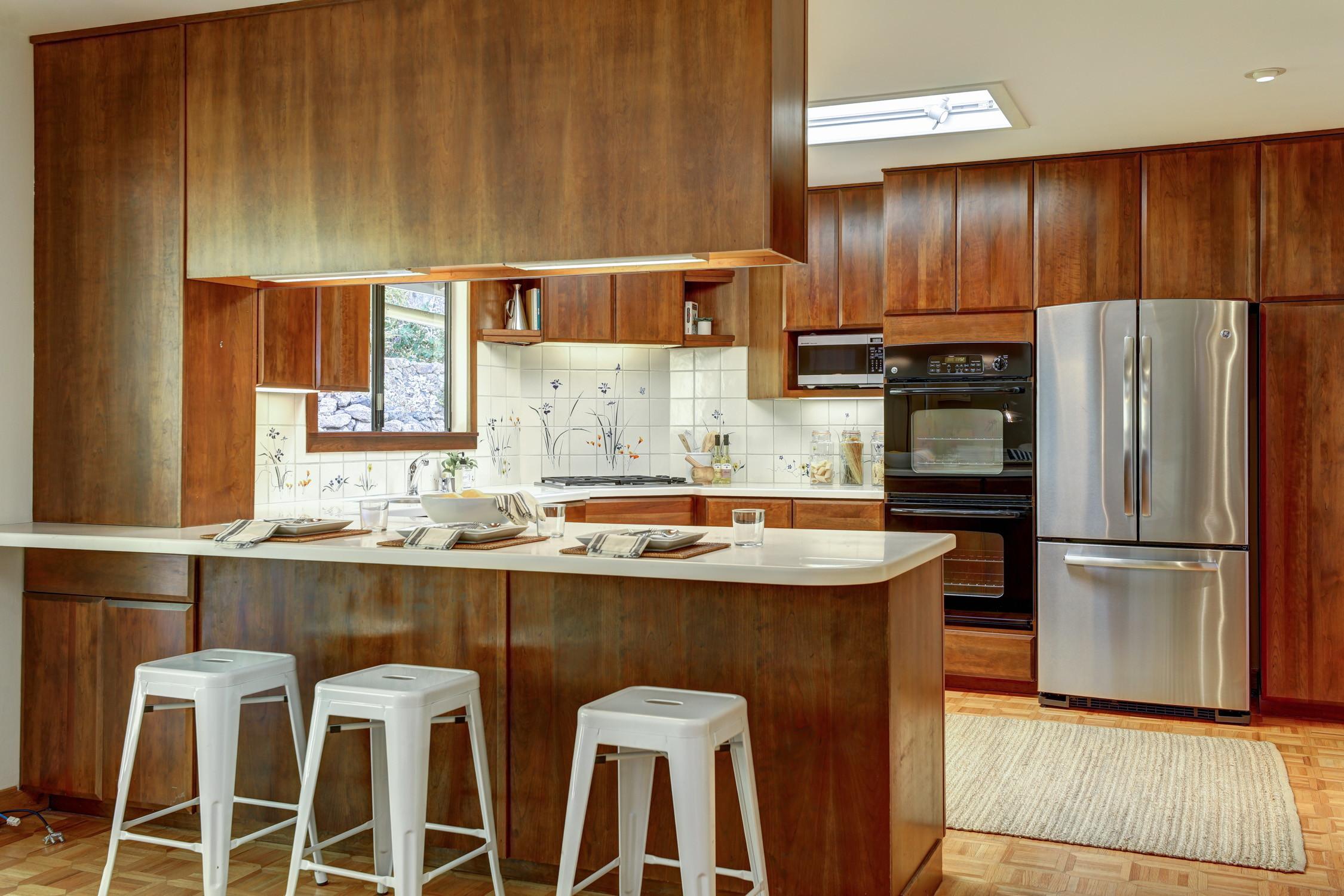 16Dorian 21 MLSSan Rafael Real Estate - Listed by Julia Fitzpatrick + Allie Fornesi Team Own Marin County .jpg