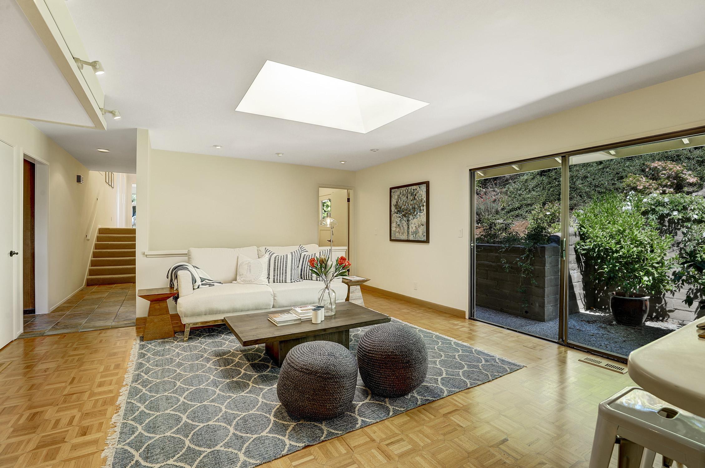 16Dorian 18 MLSSan Rafael Real Estate - Listed by Julia Fitzpatrick + Allie Fornesi Team Own Marin County .jpg