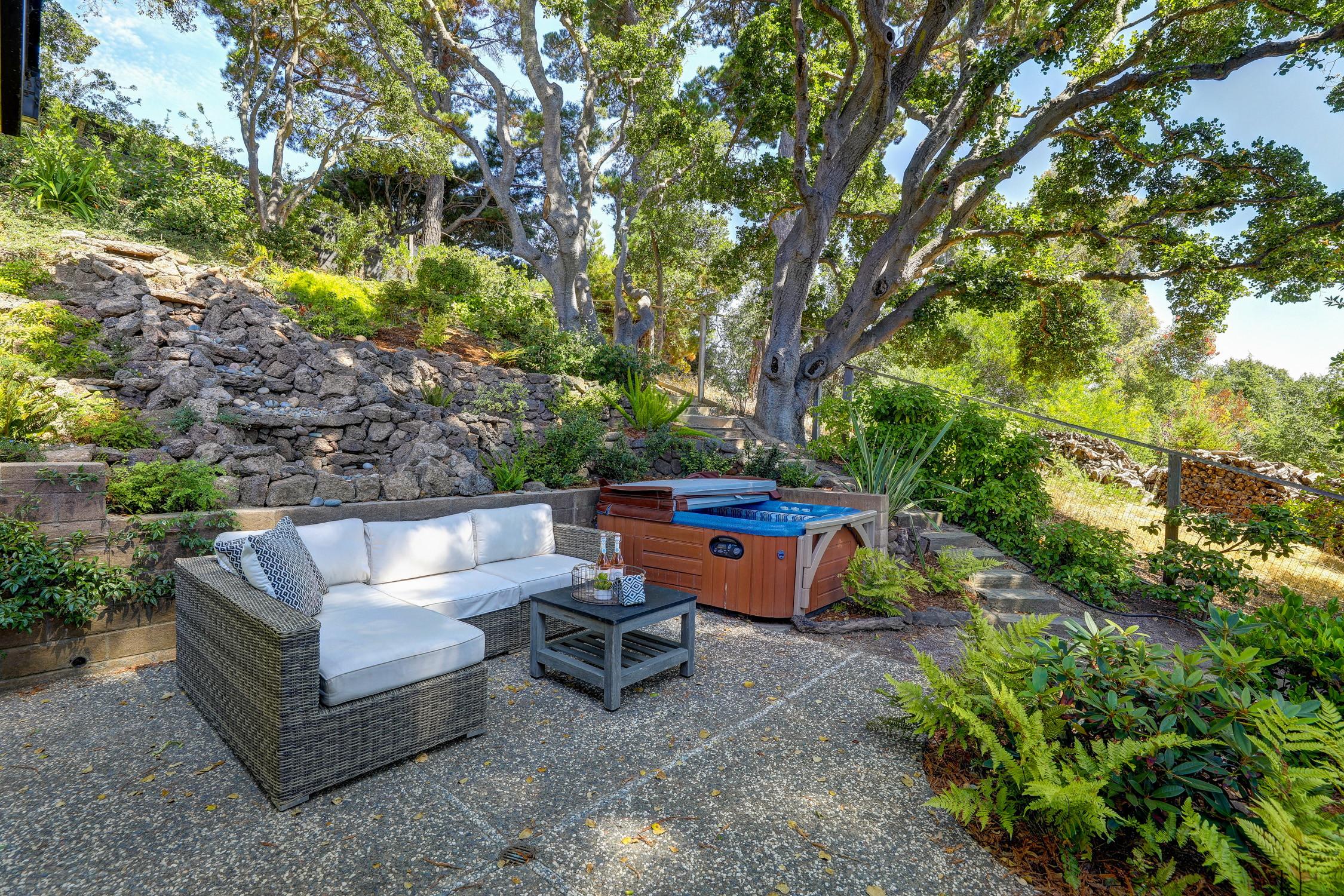 16Dorian 63 MLSSan Rafael Real Estate - Listed by Julia Fitzpatrick + Allie Fornesi Team Own Marin County .jpg