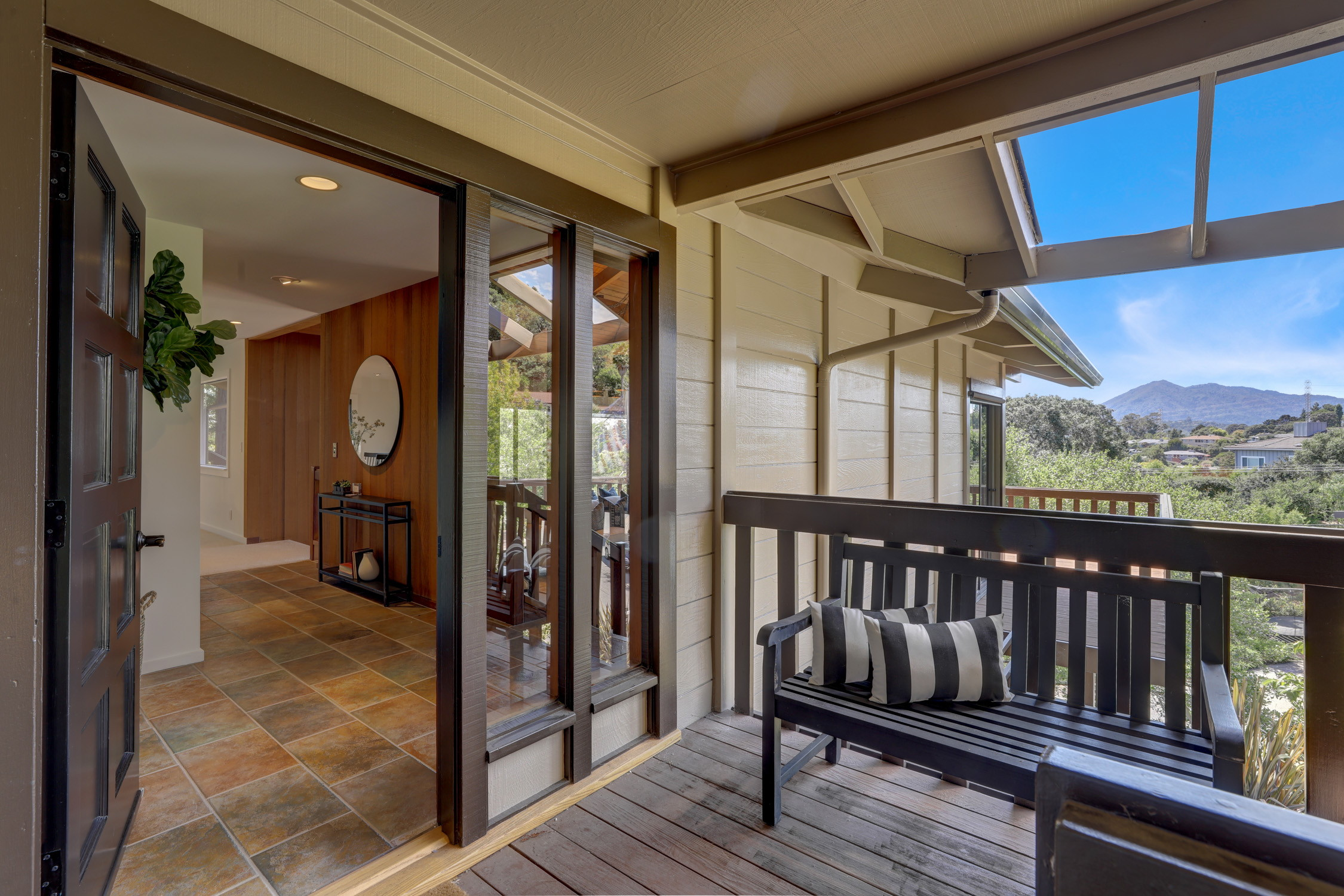 16Dorian 06 MLSSan Rafael Real Estate - Listed by Julia Fitzpatrick + Allie Fornesi Team Own Marin County .jpg
