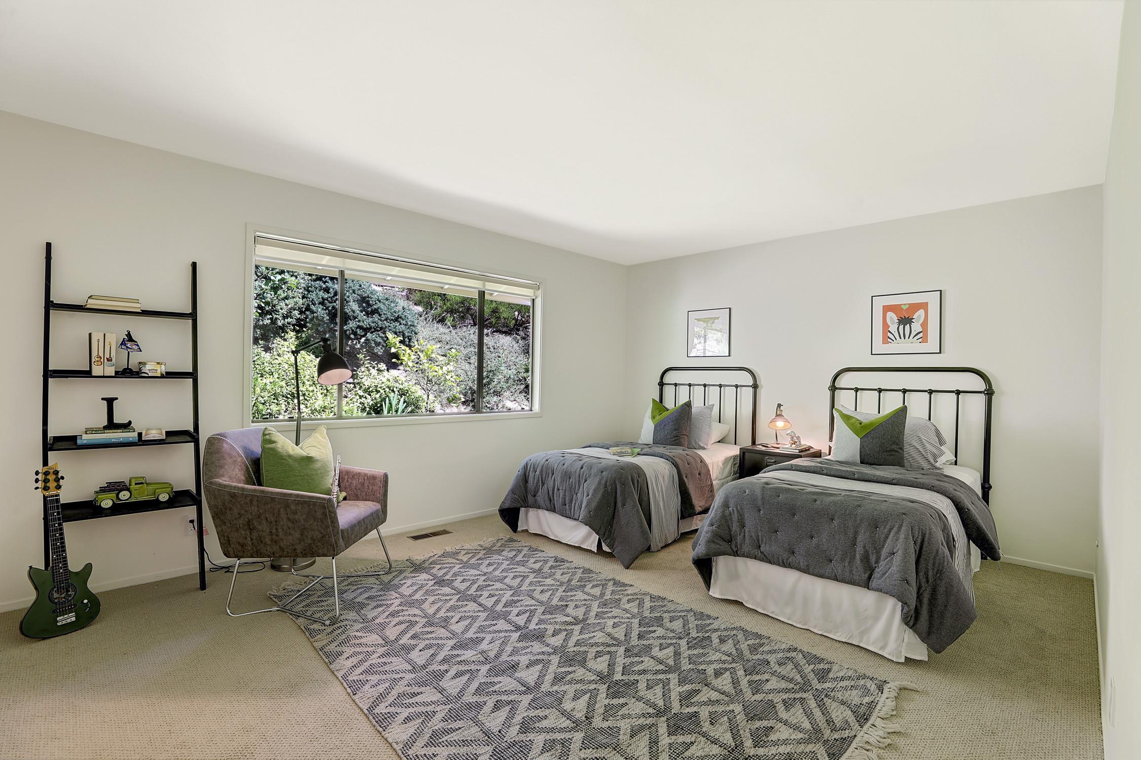 16Dorian 45 MLSSan Rafael Real Estate - Listed by Julia Fitzpatrick + Allie Fornesi Team Own Marin County .jpg