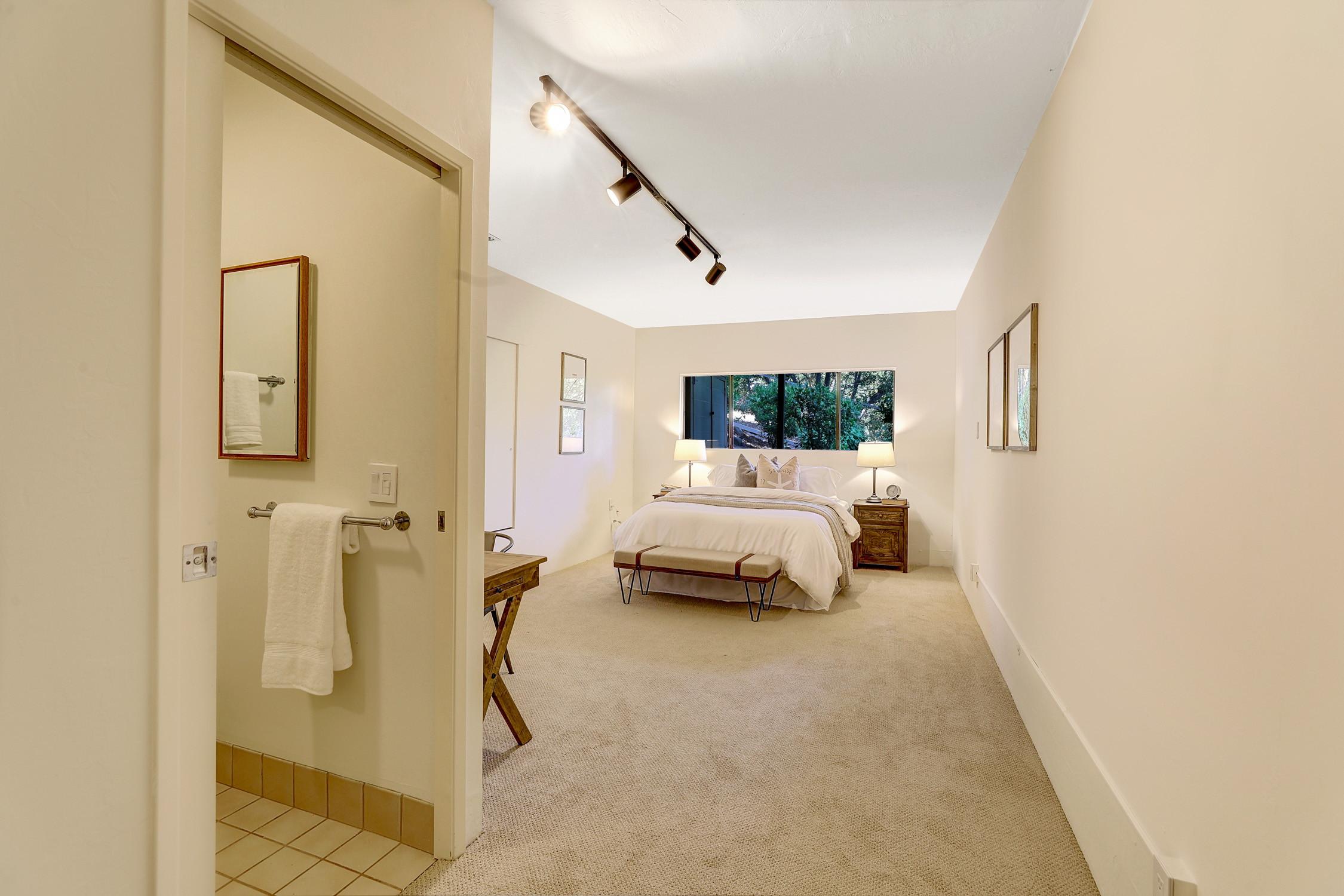 16Dorian 53 MLSSan Rafael Real Estate - Listed by Julia Fitzpatrick + Allie Fornesi Team Own Marin County .jpg