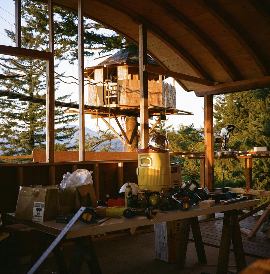 dream-treehouse-the-cinder-cone-foster-huntington-22.jpg