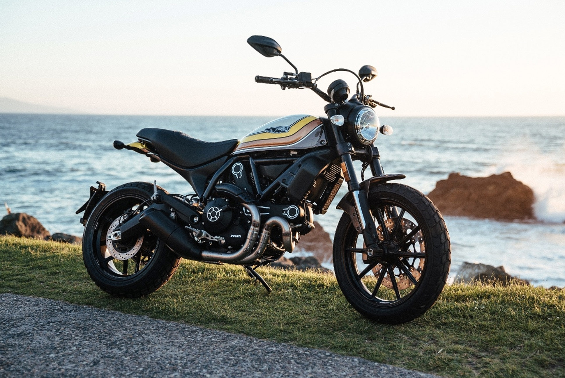 Ducati-Scrambler-gear-patrol-1-1940x1300.jpg