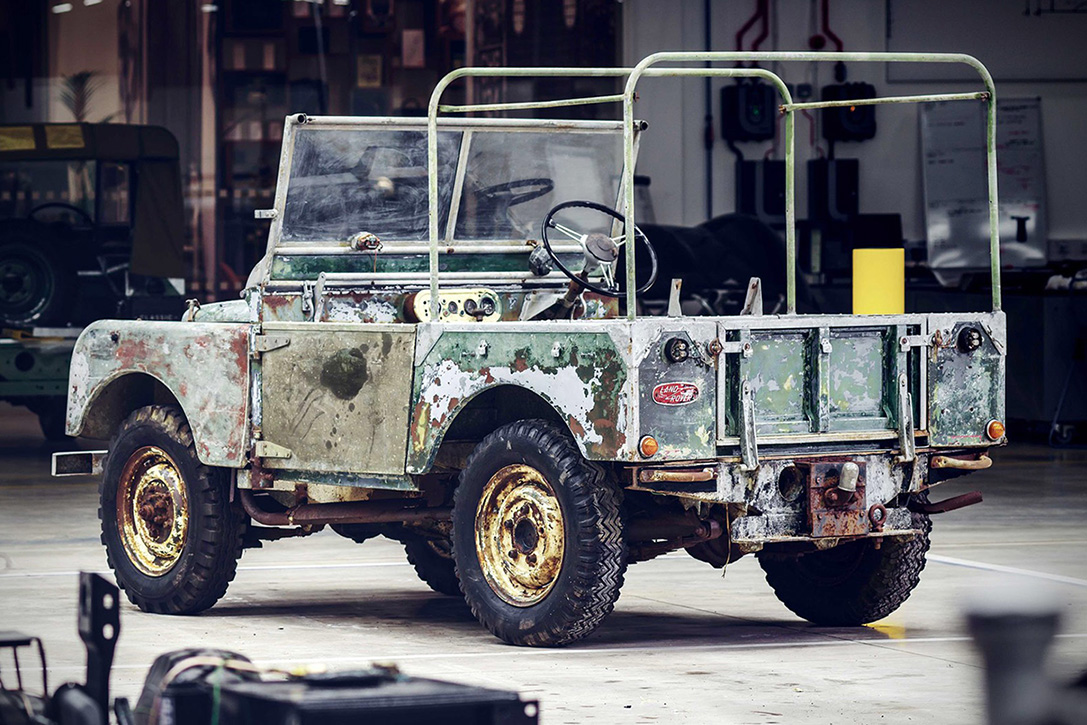 Land-Rover-Prototype-Restoration-01.jpg