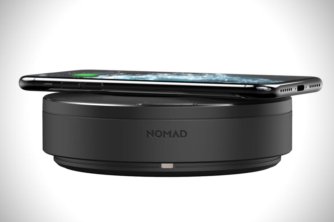 Nomad-Wireless-Charging-Hub-3.jpg