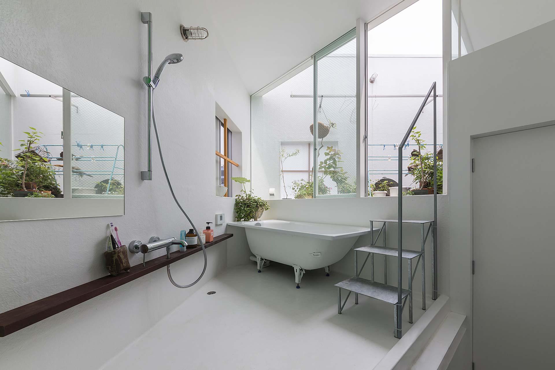 one-room-house-5.jpg