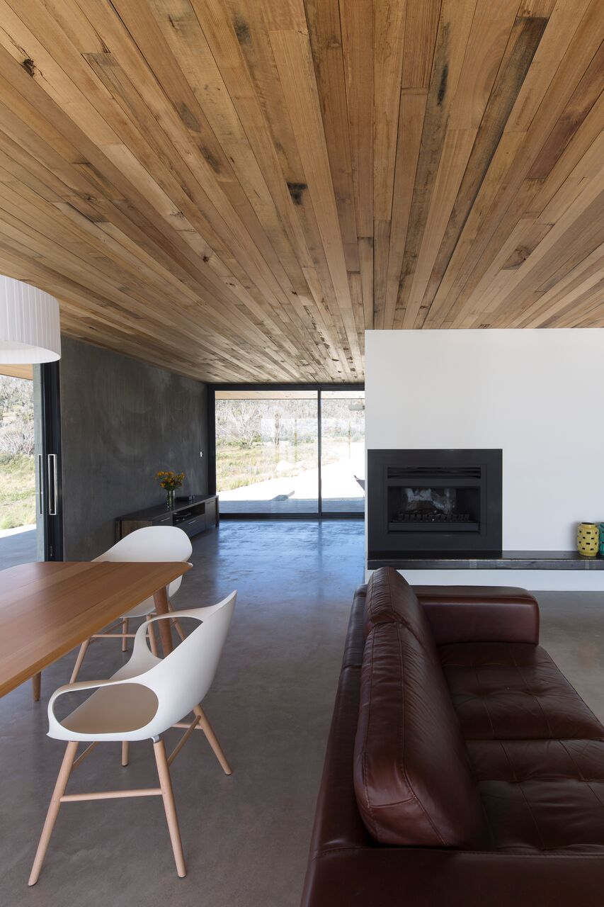 Local-Australian-Architecture-Younger-House-Designed-by-Stuart-Tanner-Architects-6.jpeg