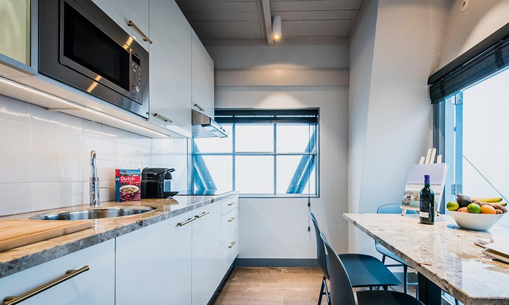 Yays-Crane-Apartment-5.jpg