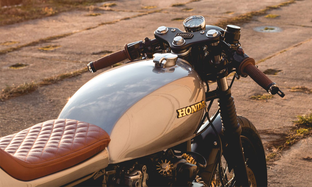Kaspeed-Custom-Motorcycles-Honda-CB500-Four-Cafe-Racer-7.jpg