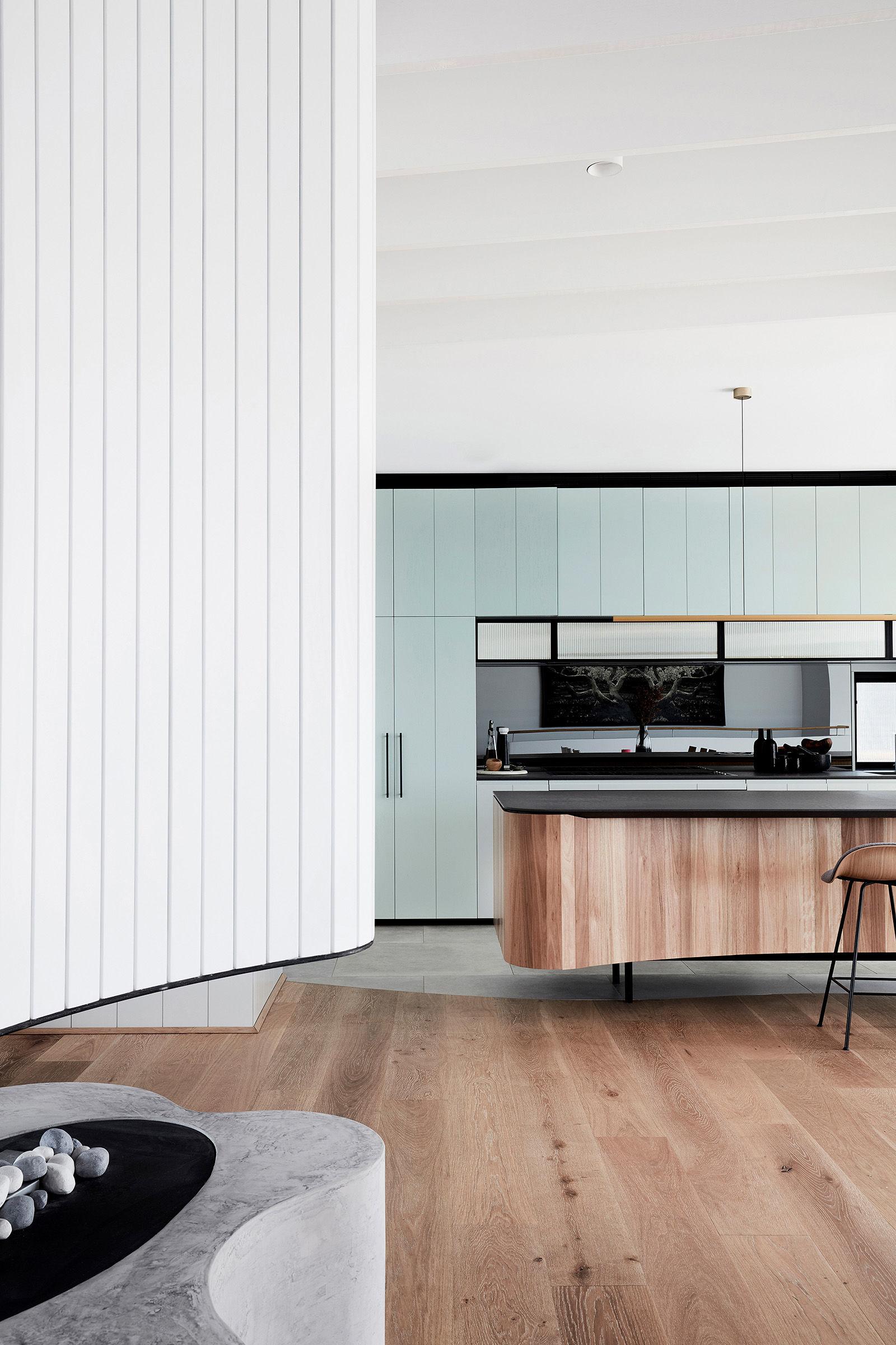 luigi-rosselli-architects---tamas-tee-home----013.jpg