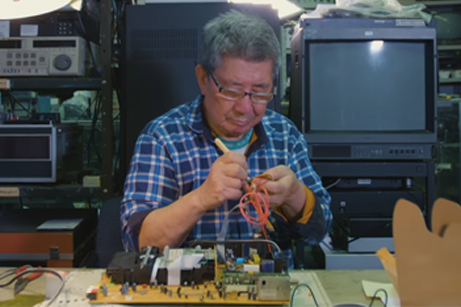 The Fine Art of Television Repair - Great Big Story