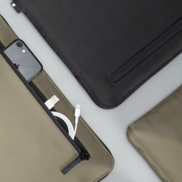 - The Laptop Sleeve: the Incase Compact Sleeve's design complements the new MacBook Pro, while its faux-fur lining helps prevent scratches and bumps. The Compact Sleeve features Flight Nylon material that is lightweight and closely woven for a smooth finish (and it will wick water away), along with a zippered pocket for whatever you might want to carry along.The Phone Case: the Next Case is Lifeproof's version of a minimalist iPhone case. The brand usually produces fully waterproof cases, but this new iteration trades in some of that utility to work with newer, water-resistant phones for a more minimalist form-fitting design.