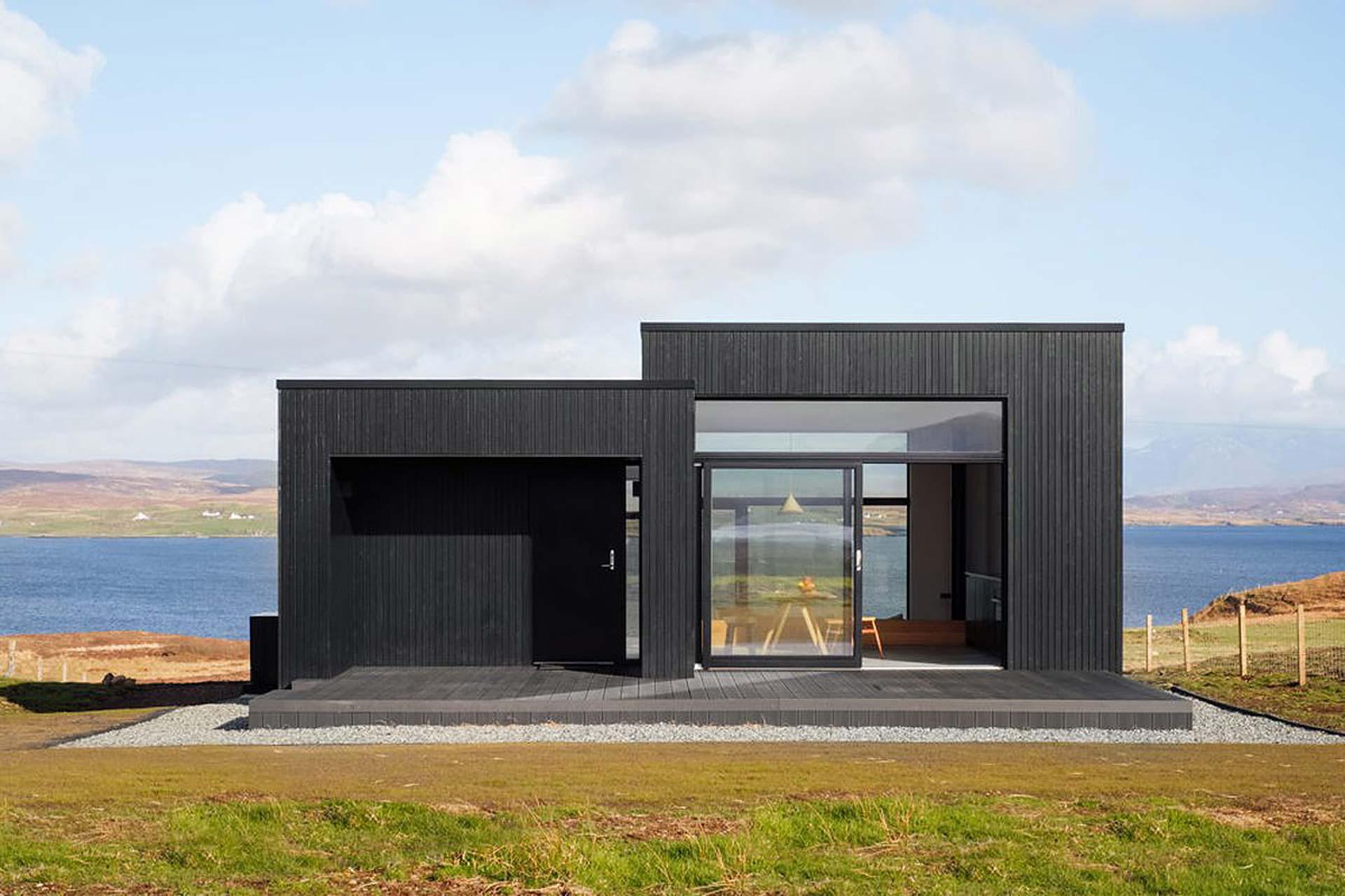 black-h-house-1.jpg