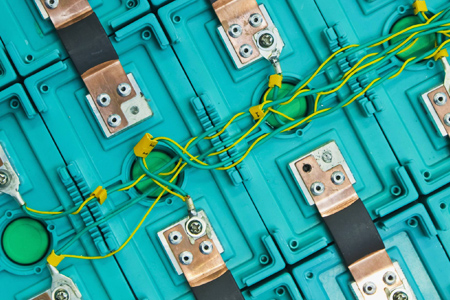 The Explosive Race to Reinvent the Smartphone Battery - Wired