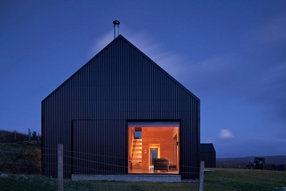 black-shed-house-6-thumb-960xauto-96510.jpg