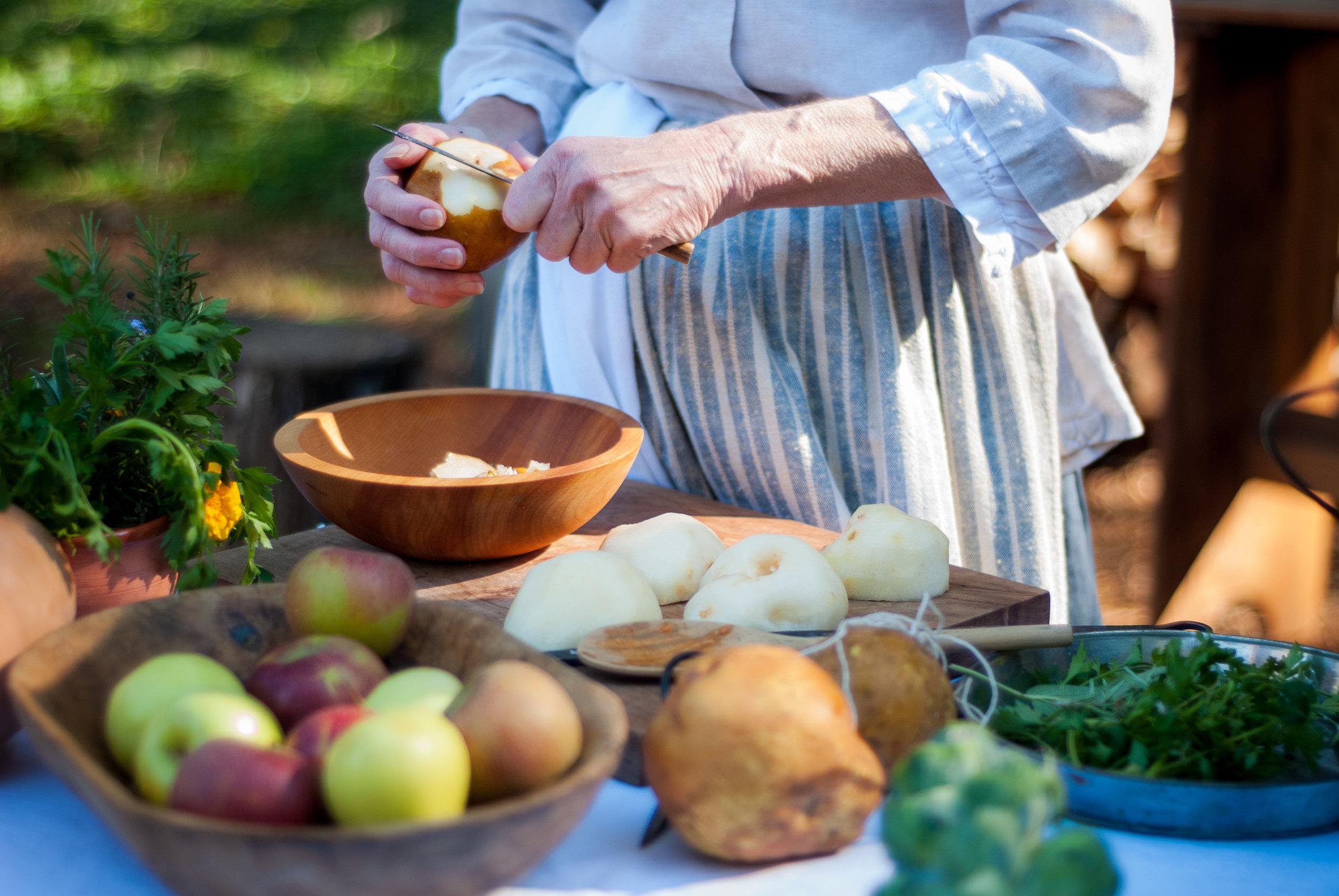 Recipe Card - — 4 Pears— 9 Apples— 2 Bunches Parsley— 1 Handful Arugula— 2 Broccoli Florets