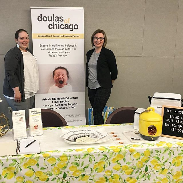 It's Bump to Baby Expo Day!! And I'm repping @doulasofchicago #nwsdoula#expo#vernonareapubliclibrary
