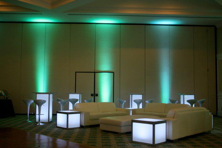 event-decor-1500850064_n[1].jpg