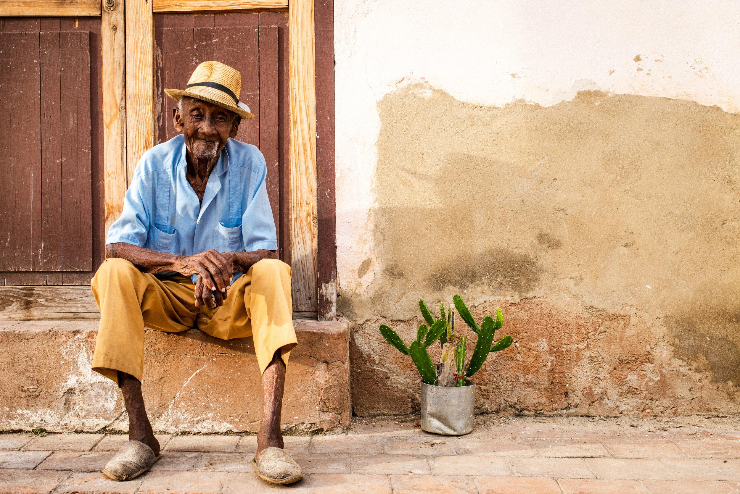 Der 99 jährige mit dem Kaktus / Cuba / Trinidad