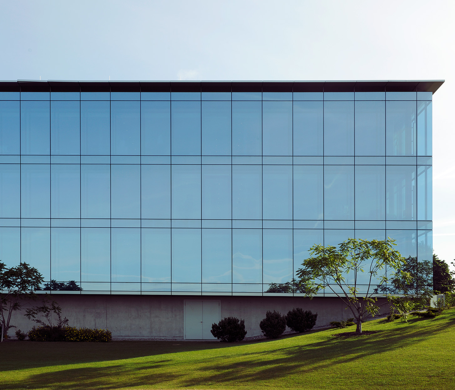 Jeanne Martel_architecture_glass04.jpg