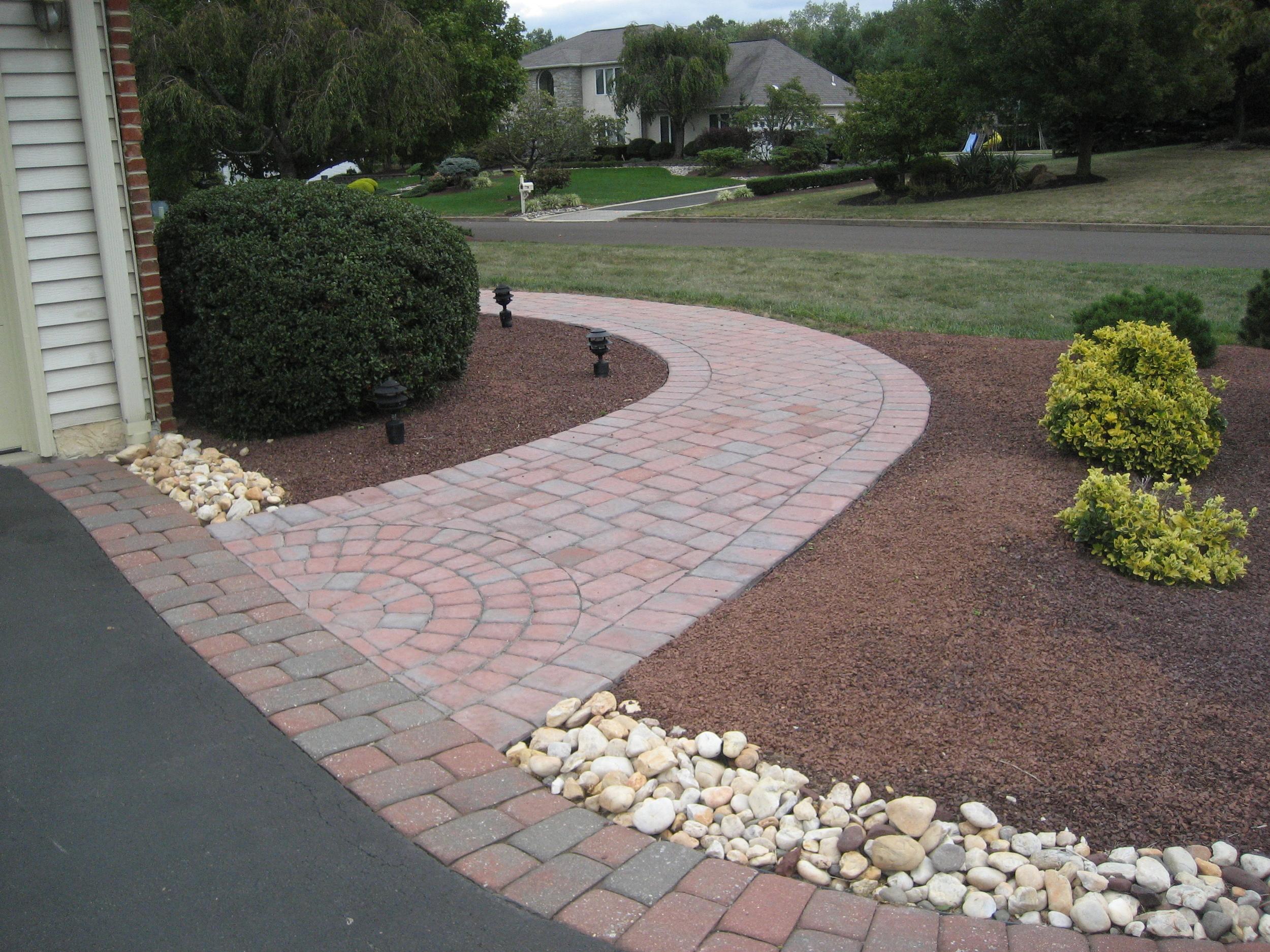 struck walkway&andy pave 001.JPG