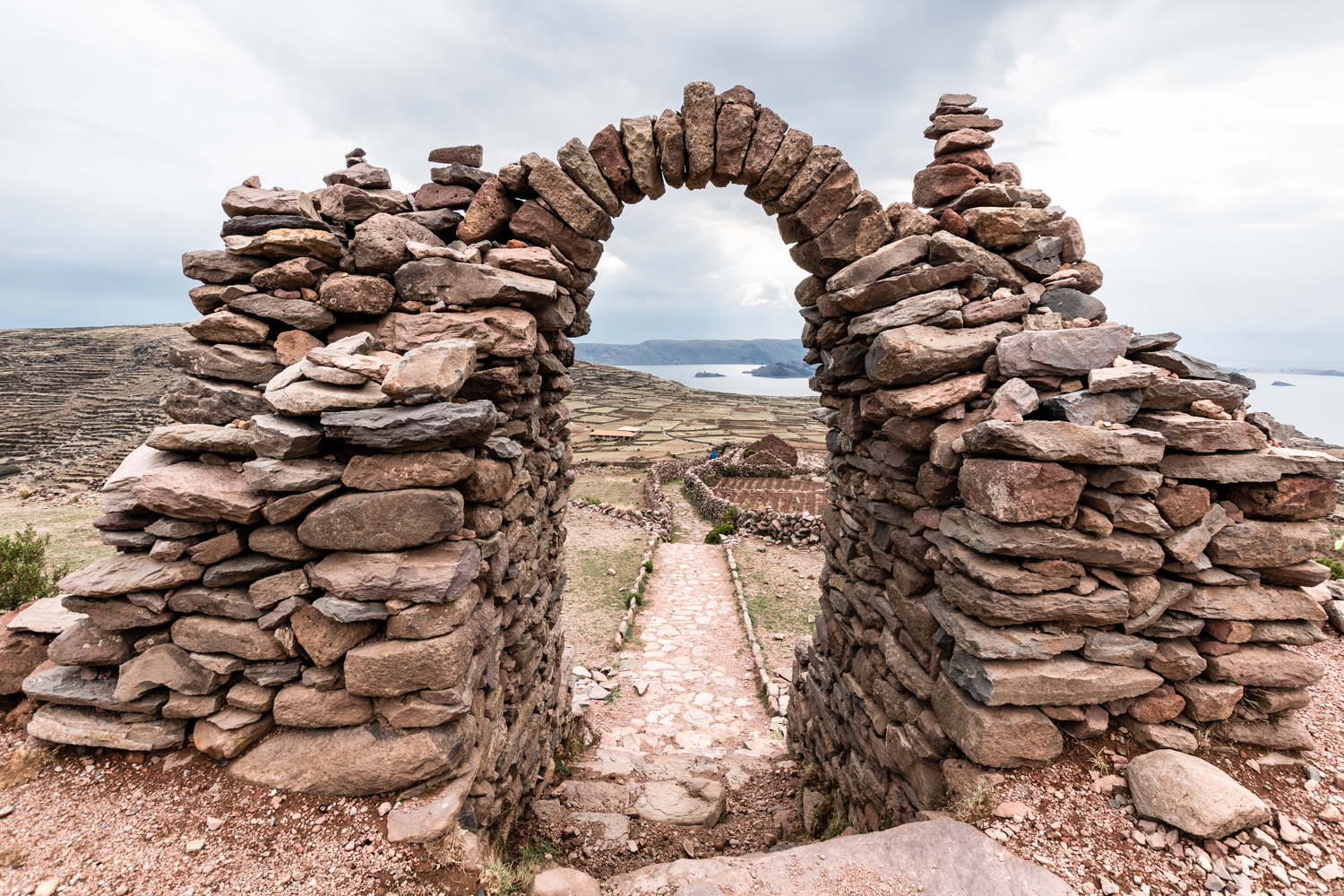 The gate at the ruins of  Pachatata , over 4100 mt (13,450 feet) on sea level.