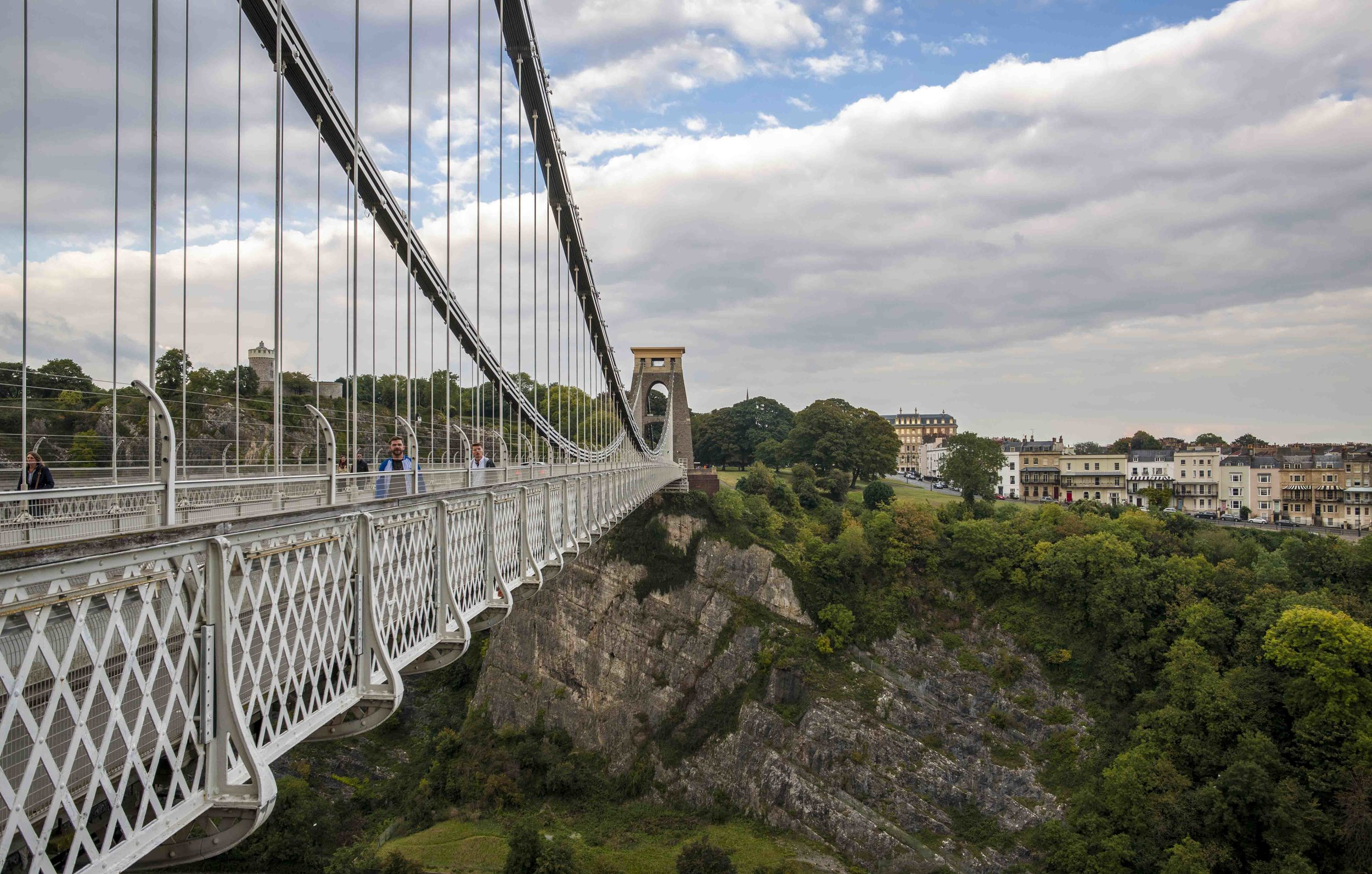 More suspension bridge in Bristol