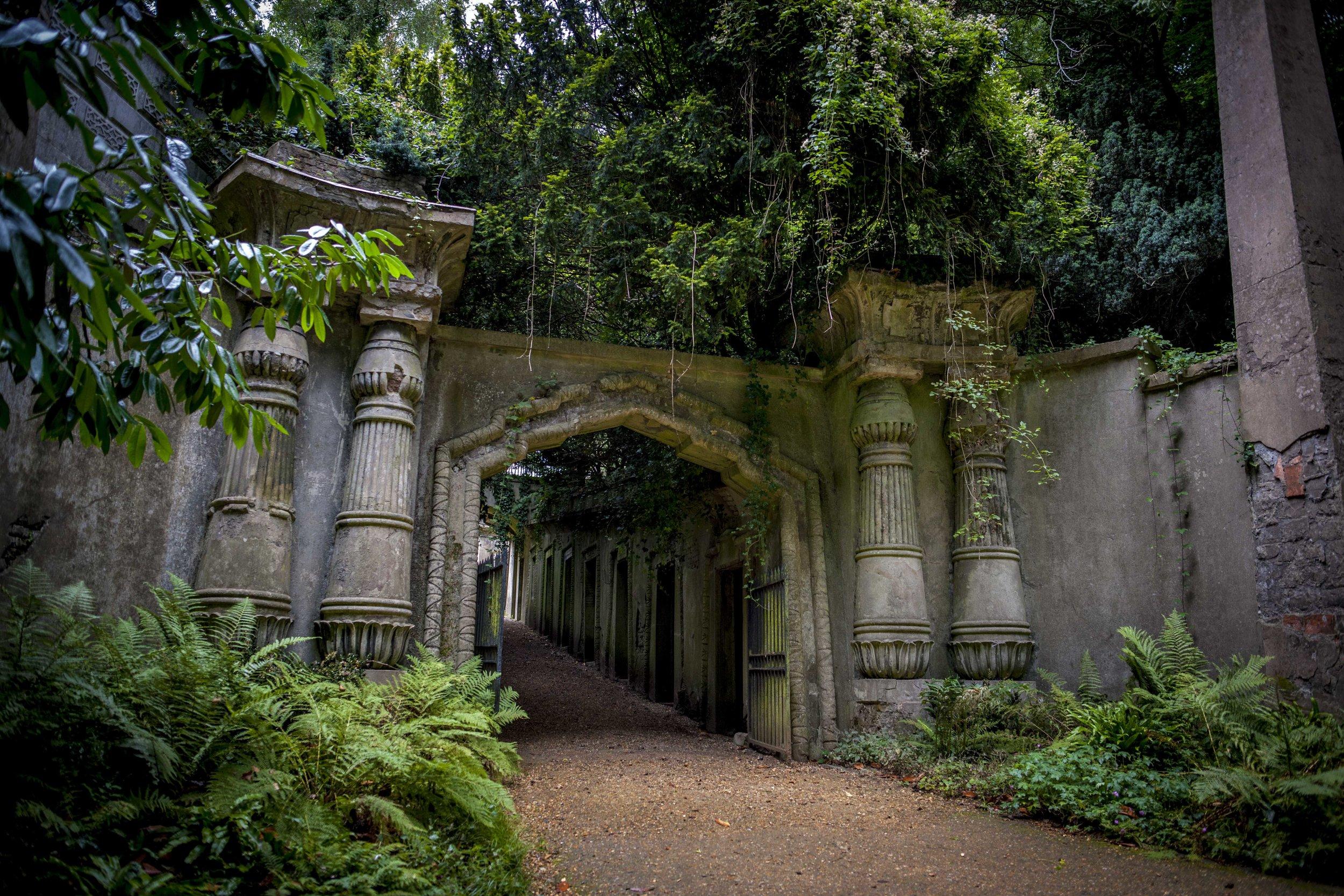 Highgate Cemetery, London-England