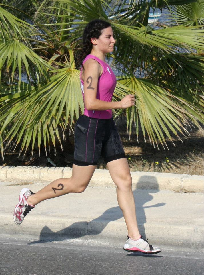 Running while injured during the National Triathlon Championships in 2011: not a good idea!